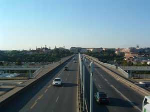 Fotografie mostu pořízená Fujifilm FinePix A303
