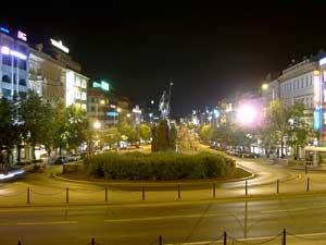 Noční fotografie vytvořená Samsungem Digimax V3