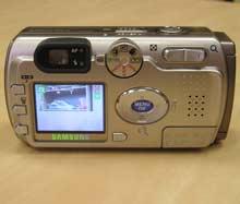 Digitální fotoaparát Samsung Digimax V4