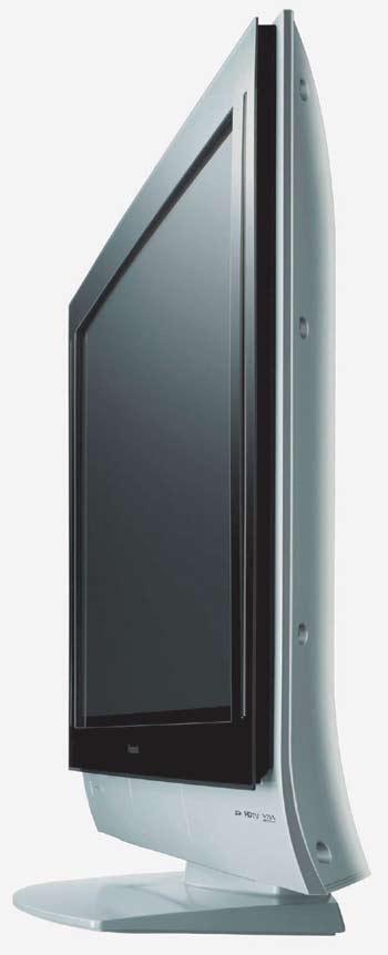 Tloušťka LCD televizoru je s tím klasickým nesrovnatelná (Panasonic).