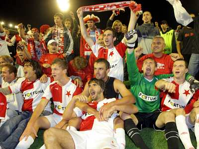Slavia: radost z postupu