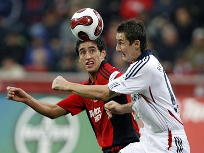 Bayern Mnichov - Leverkusen: Klose, Haggui