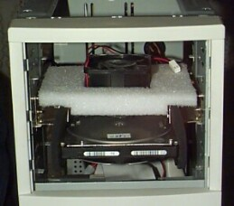 Izolace HDD od CASE