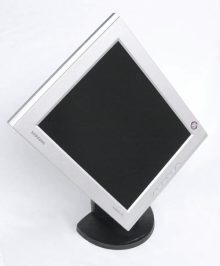U LCD Smasung SyncMaster 171B bez problémů nastavíte do svislou nebo vodorovnou polohu displeje