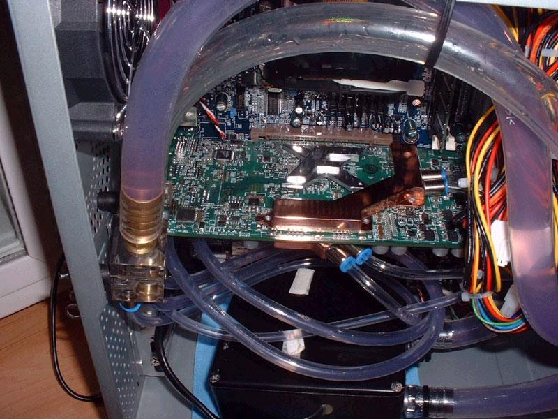 Gainward GeForce FX 5800 - vodní chlazení