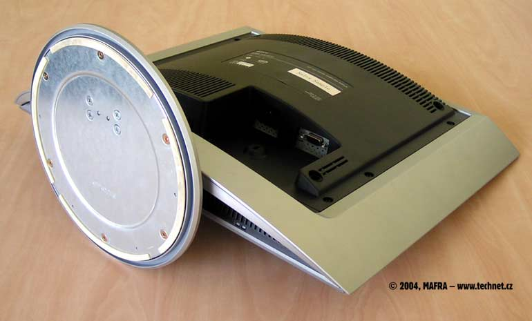 LCD Sony SDM-HS73P
