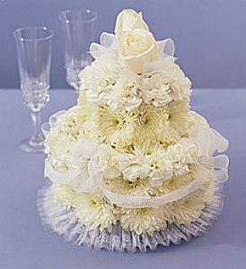 Originální výzdobou na stůl mohou být květiny uvázané do tvaru ...
