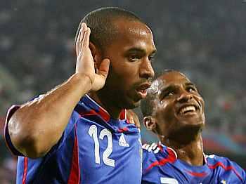 Togo - Francie, Thierry Henry a Florent Malouda
