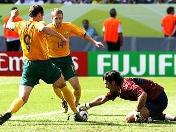 Itálie - Austrálie: Buffon v akci