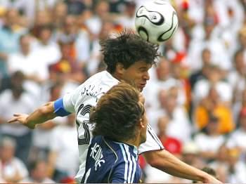 Německo - Argentina: Ballack a Heinze