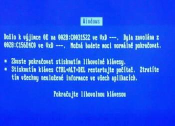 Trochu jiná tapeta plochy Windows XP :-]