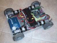 Odkrytý PC-bot od Robotequ