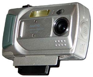 Digitální fotoaparát Sanyo s bezdrátovou komunikací Wi-Fi