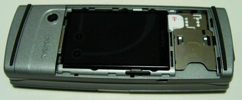 Nokia 9500 otevřená zezadu