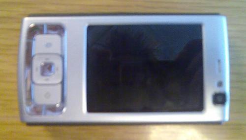 Nokia N83