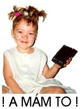Markétka s PalmPilotem, sedící, smějící