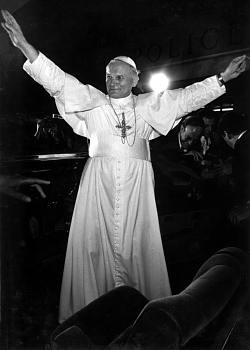 Jan pavel ii. krátce po zvolení papežem v roce 1978 v římě po